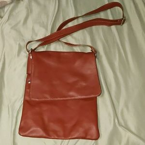 Italian learher cross body purse
